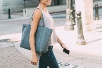 a grey sleeveless top, navy skinnies, blush flats, a grey tote is a perfectly comfortable look you can rock