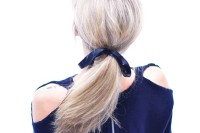 stylish-diy-cutout-shoulders-sweater-to-make-3