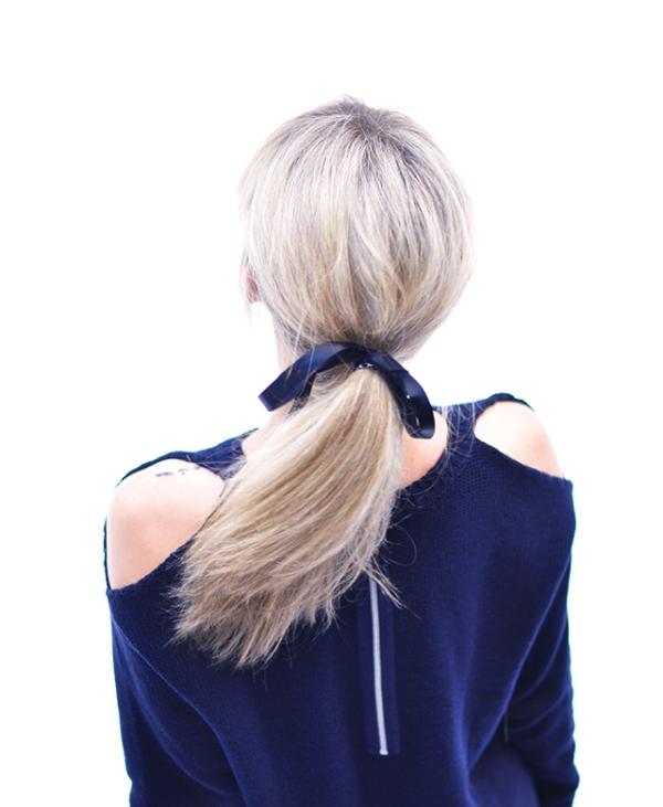 Stylish DIY Cutout Shoulders Sweater To Make