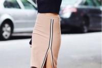16 Feminine Side Slit Skirt Ideas 4