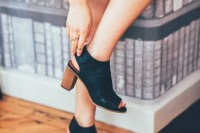 17 Fashionable Spring Outfits With Mules 12
