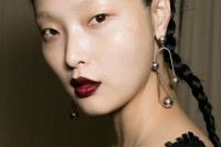 17-trendy-braids-from-2016-fashion-week-to-recreate-1