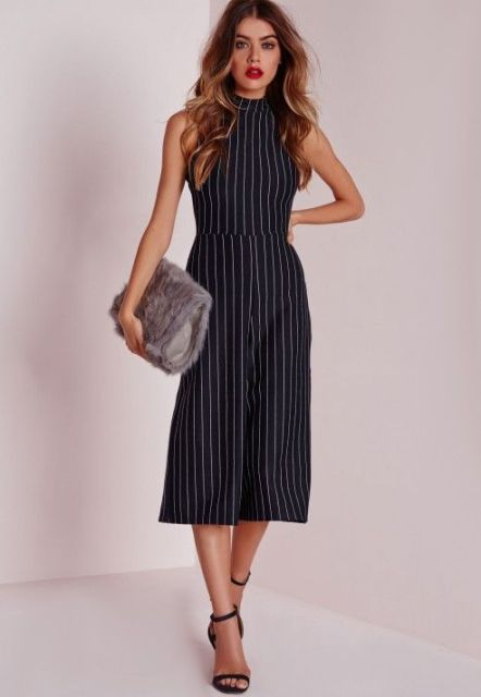 Trendy Pinstripe Outfits For This Season