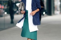 18 Trendy Pinstripe Outfits For This Season 3