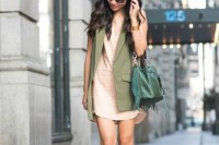18-trendy-bucked-bags-to-rock-this-spring-5