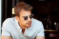 19-fashionable-mens-sunglasses-looks-to-get-inspired-7