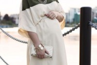 25-pretty-maternity-dresses-you-want-to-live-all-pregnancy-in-and-after-13