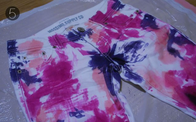 Colorful DIY Tie Dye Denim For Spring And Summer