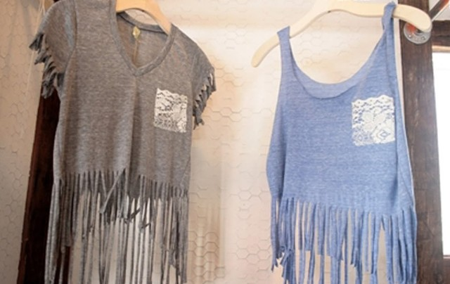 cozy boho inspired diy fringe t shirt styleoholic. Black Bedroom Furniture Sets. Home Design Ideas