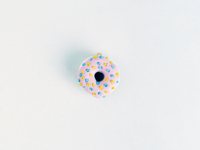 Picture Of Funny DIY Donut Necklace 8