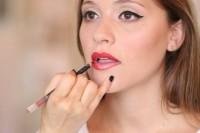 Gorgeous DIY 1950s Makeup 9