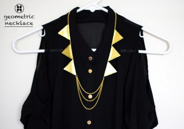 Perfect DIY Gold Geometric Chain Necklace