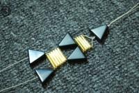 Unusual DIY Triangle Bead Bracelet 6