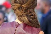 cute-and-easy-first-date-hairstyle-ideas-4