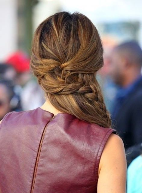 Cute And Easy First Date Hairstyle Ideas