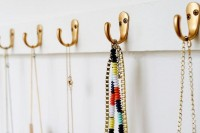 cute-diy-open-closet-storage-for-your-accessories-2