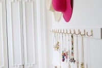 cute-diy-open-closet-storage-for-your-accessories-3
