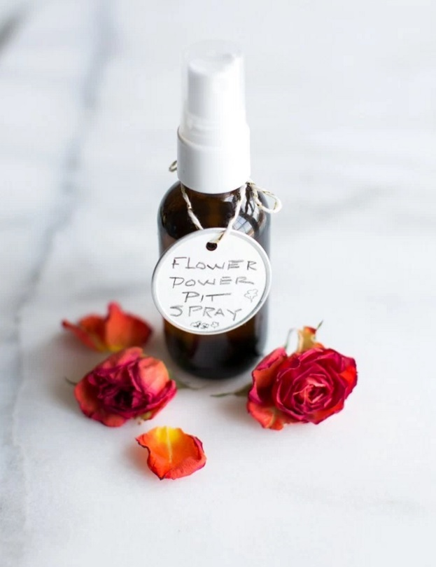 DIY Deodorant Spray With Jasmine And Rose