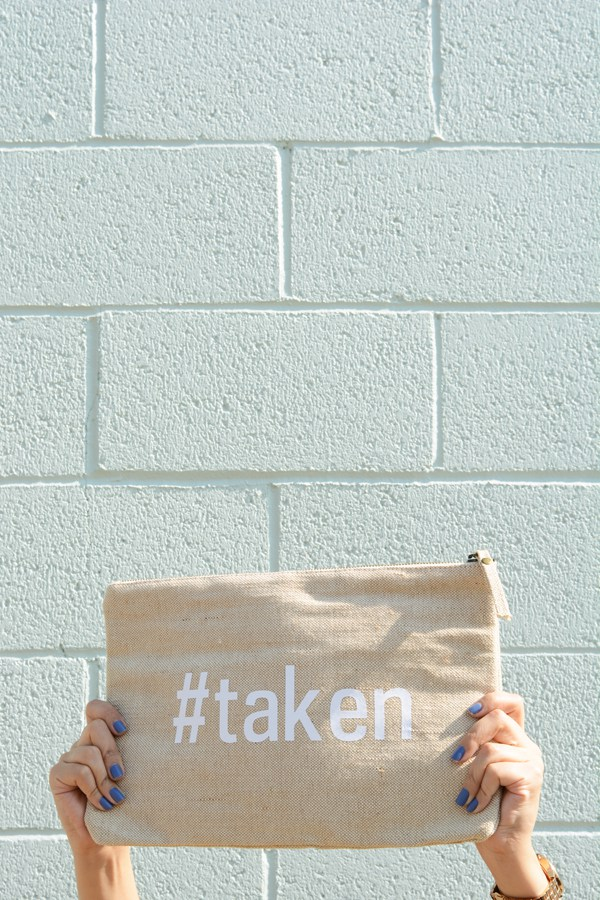 DIY Reversible #Single And #Taken Clutch