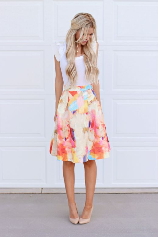 Picture Of Inspiring Feminine Spring Outfits With Skirts 2