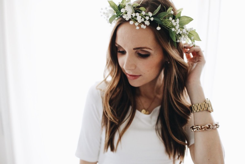 Picture Of lovely spring diy babys breath flower crown to make  1