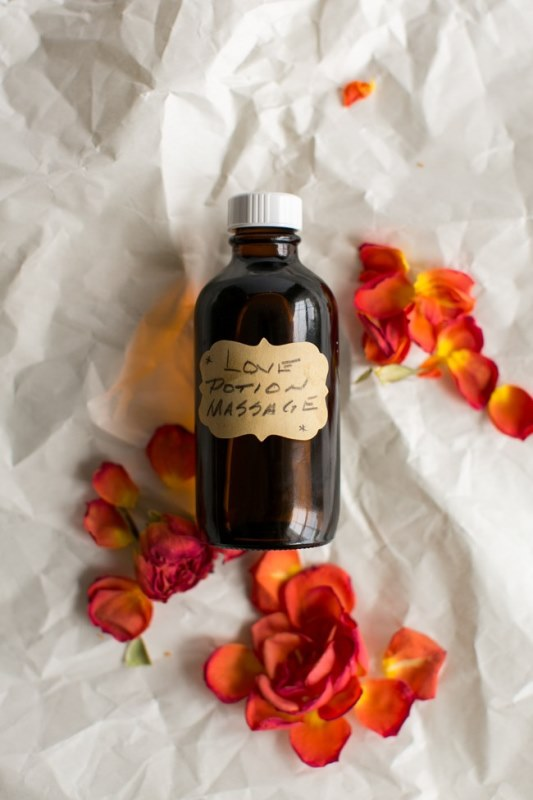 Romantic DIY Massage Oil To Make