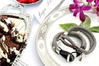 simple-and-stylish-diy-hook-bracelet-2