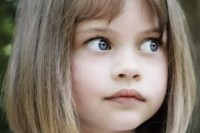 super-cute-and-stylish-haircuts-for-small-girls-7