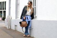 18 Fashionable Fringed Jeans Ideas For This Season 12