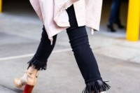18 Fashionable Fringed Jeans Ideas For This Season 14