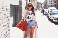21-eye-catching-tote-bags-worth-investing-in-14