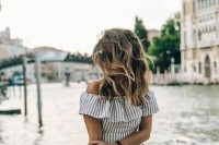 25-best-off-the-shoulder-looks-to-recreate-11