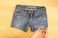 Comfy DIY Distressed Jean Shorts For Summer 5