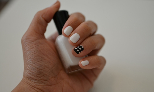 Picture Of Easy To Make DIY Louis Vuitton Inspired Check Nail Art 3