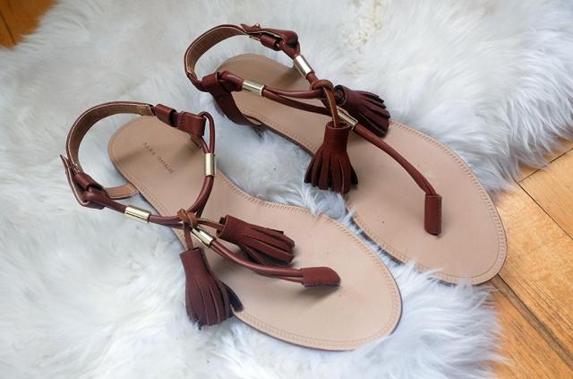 Easy-To-Make DIY Tassel Sandals For Summer