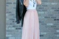 chic-and-girlish-rose-quartz-outfits-for-spring-11