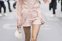 chic-and-girlish-rose-quartz-outfits-for-spring-17