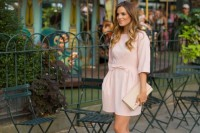 chic-and-girlish-rose-quartz-outfits-for-spring-25