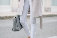chic-neutral-work-outfits-to-recreate-right-now-12
