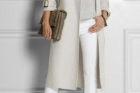 chic-neutral-work-outfits-to-recreate-right-now-19