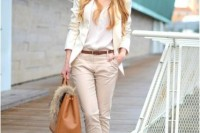 chic-neutral-work-outfits-to-recreate-right-now-22
