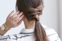 easy-diy-criss-cross-ponytail-for-second-day-hair-1