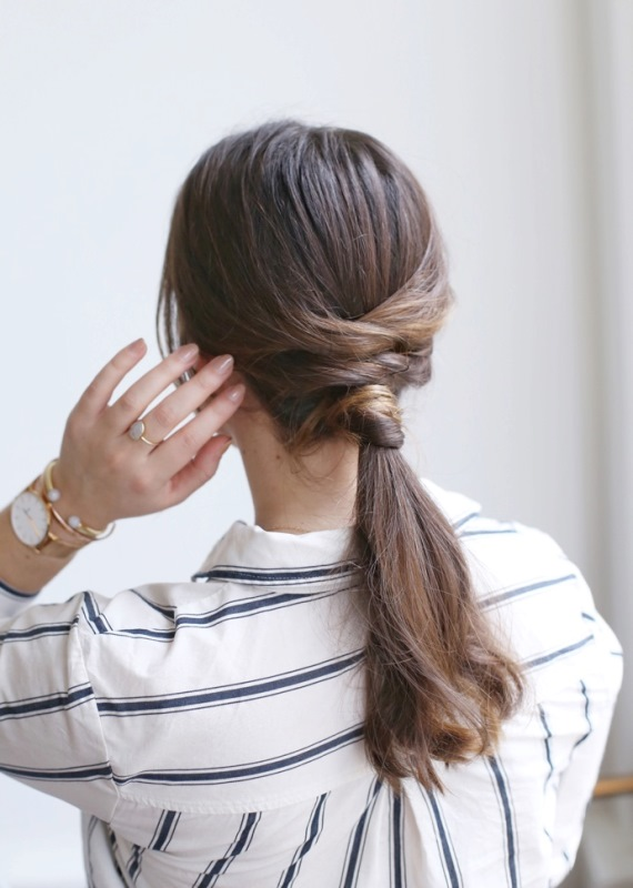 Easy DIY Criss-Cross Ponytail For Second Day Hair