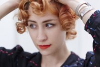 easy-diy-pin-curls-to-try-5