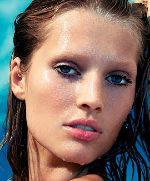 use waterproof mascaras