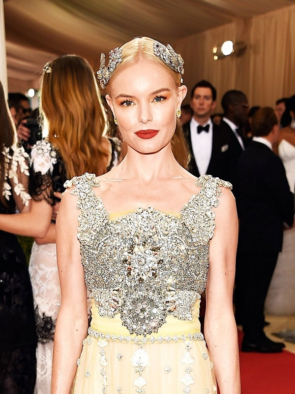 Most Eye Catching Looks From 2016 Met Gala To Get Inspired