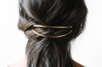 5-minute-diy-half-hairstyle-make-1