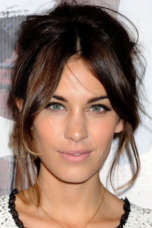 Alexa Chung's Messy Updo With A Fringe
