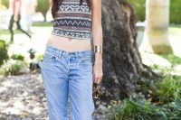 Boho chic top with low-slung jeans