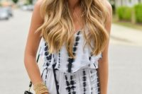 Boho look with romper and fringe bag
